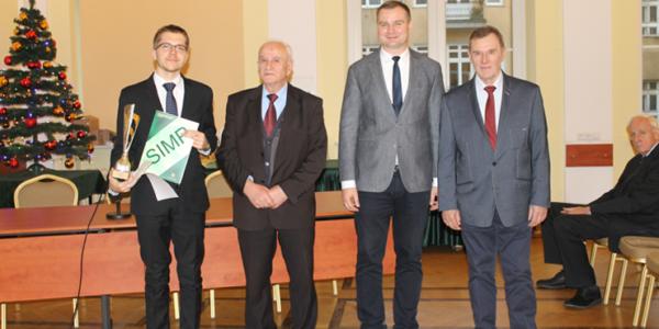 Sukces potwierdzony! Najlepszym technikiem w Polsce został nasz Absolwent!