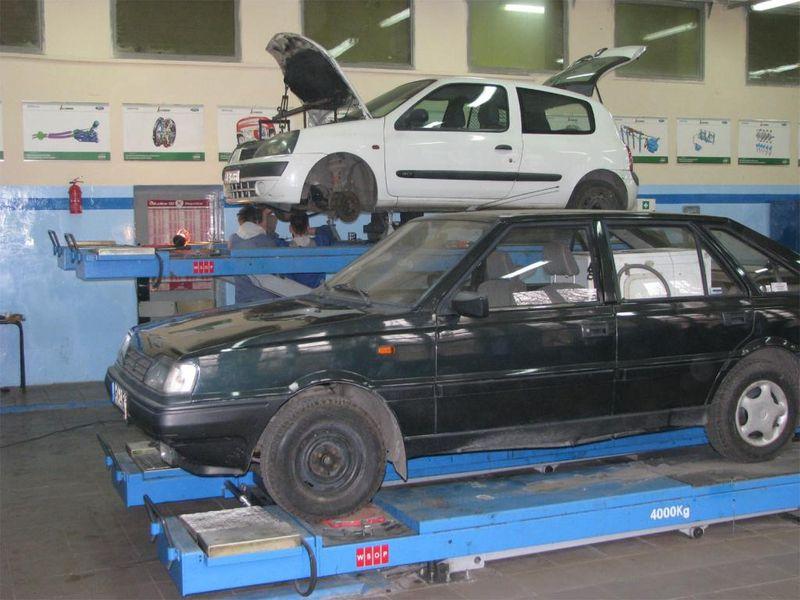 Hala warsztatu samochodowego