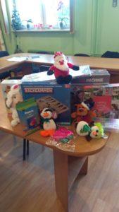 zebrane dla dzieci prezenty świąteczne